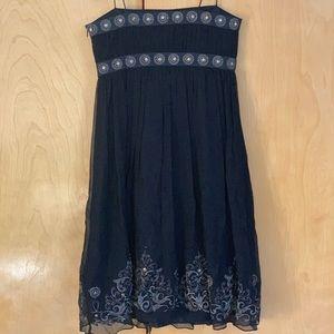 Black silk Maggy London dress (size 4)